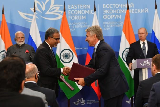 प्रधानमंत्री की व्लादिवोस्तोक यात्रा के मौके पर विभिन्न रूसी और भारतीय संस्थाओं द्वारा हस्ताक्षरित वाणिज्यिक दस्तावेजों की सूची